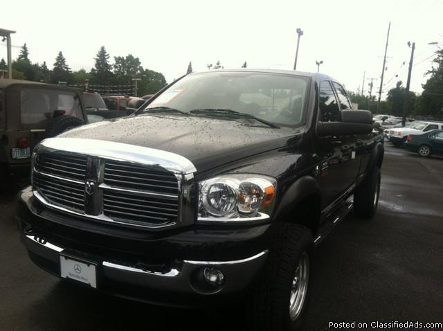 2009 Dodge Ram Pickup 2500 SLT Brilliant Black Pearl Pickup